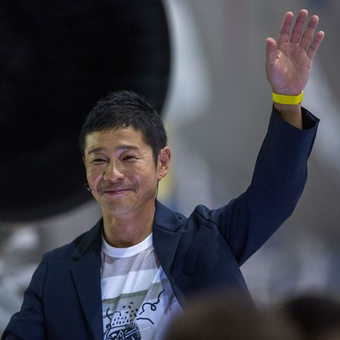 For-Social-Experiment-Japanese-Billionaire-Gives-9-Million-to-People-On-Twitter.jpg